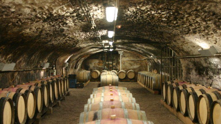 849629-ez-Cave-a-vin-beaujolais-770x433
